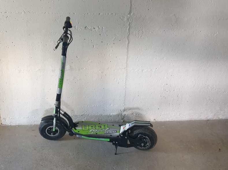 28982 E Scooter E Trottinett
