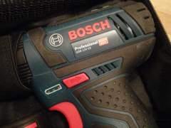 29013 Bosch Pro Akkuschrauber und Bohrer
