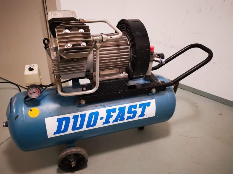 29628 Druckluft Kompressor