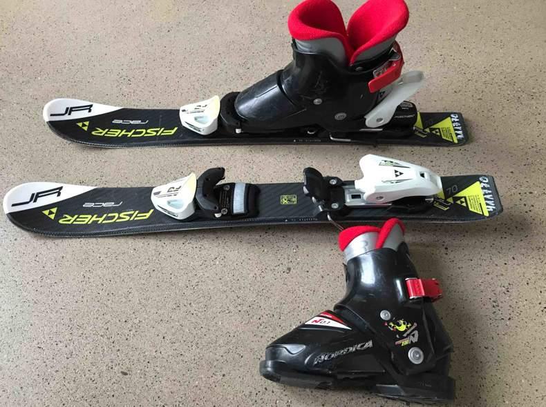 29749 Kinder Ski 70cm mit Schuhen
