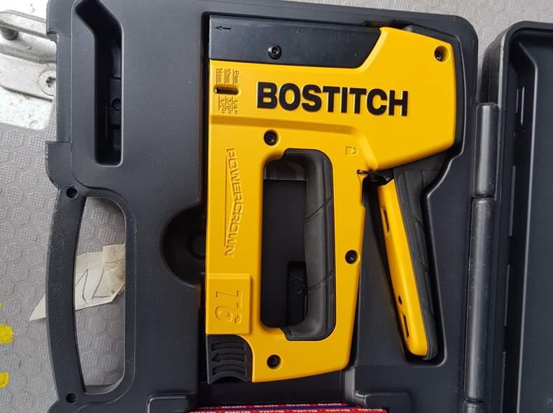 31743 Bostitch ( tacker)