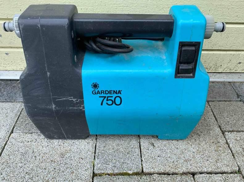 32319 Wasserpumpe 800W Gardena