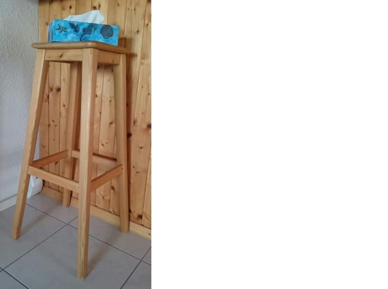 6014 Barhocker aus Holz