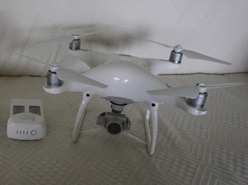 6044 Dji Phantom 4 Pro inkl. 2 Akkus