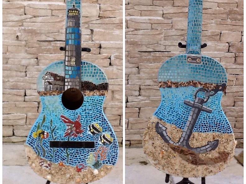 6243 Dekoration: Mosaik-Gitarre