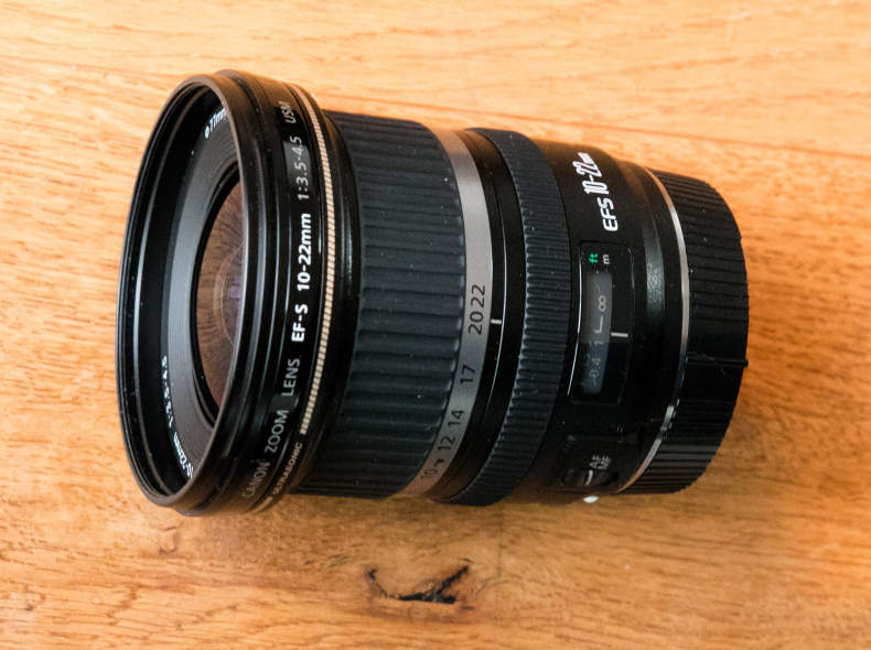 6252 Canon EF-S 10-22mm 1:3.5-4.5