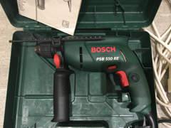6361 Bosch Bohrmaschine inkl Bohrerset