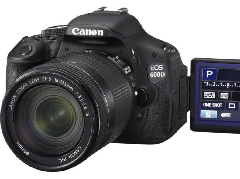 6379 Canon EOS 600D