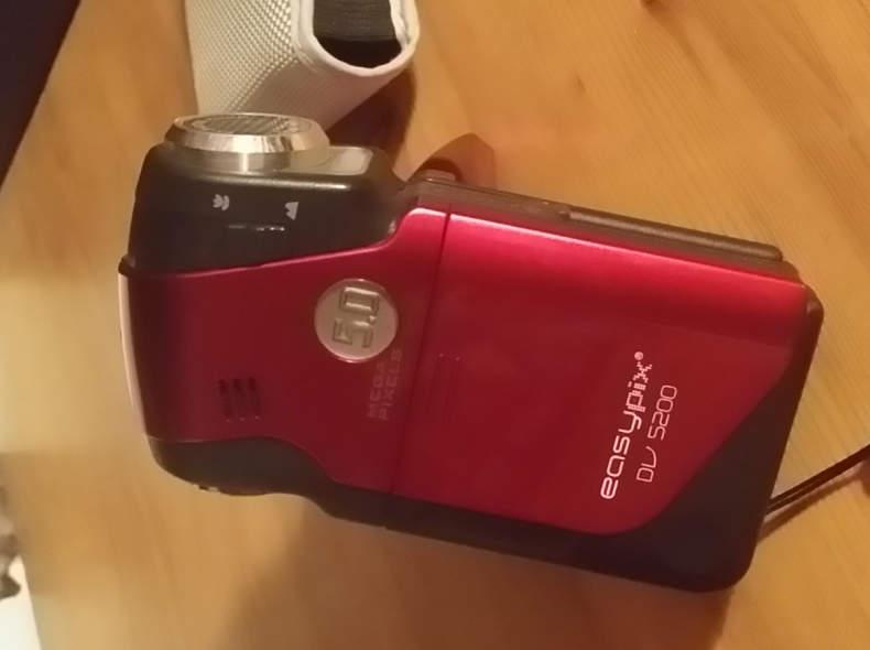 6521 Easypix DV 5200 Video Camera