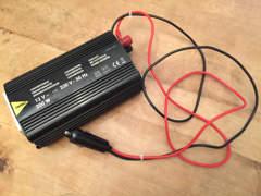 6884 Wechselrichter 12V-230V
