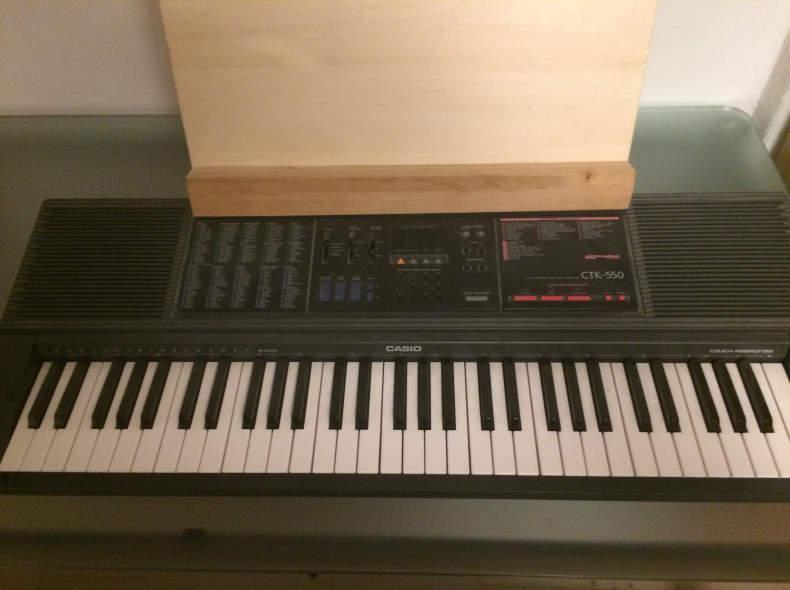 7126 Keyboard - piano electrique