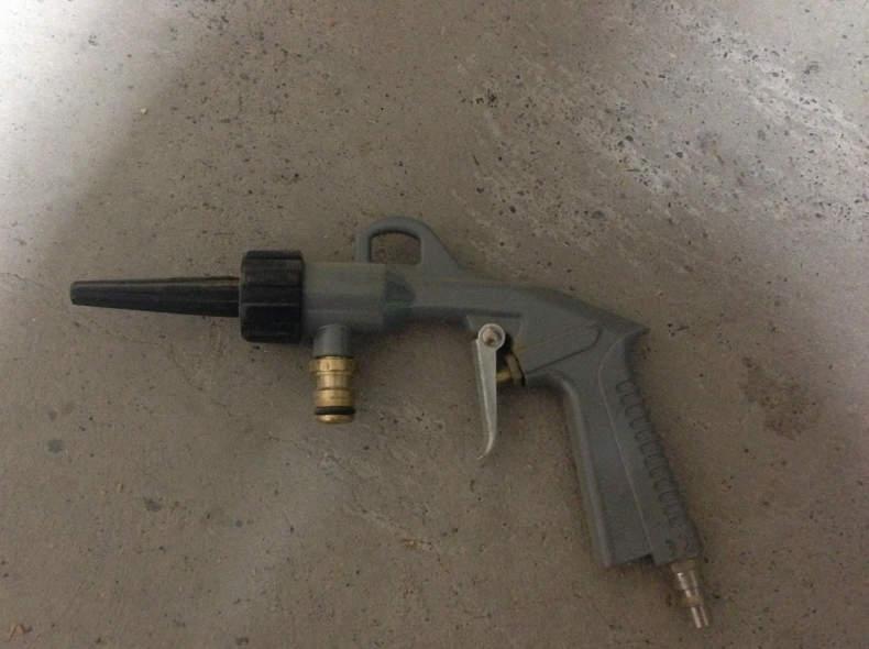 7451 Wasser - Luftpistole