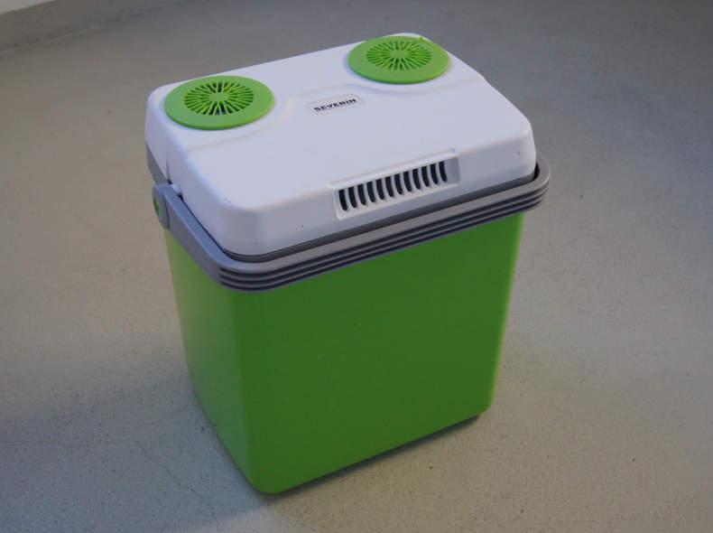 7515 Kühlbox Warmhaltebox Wärmebox