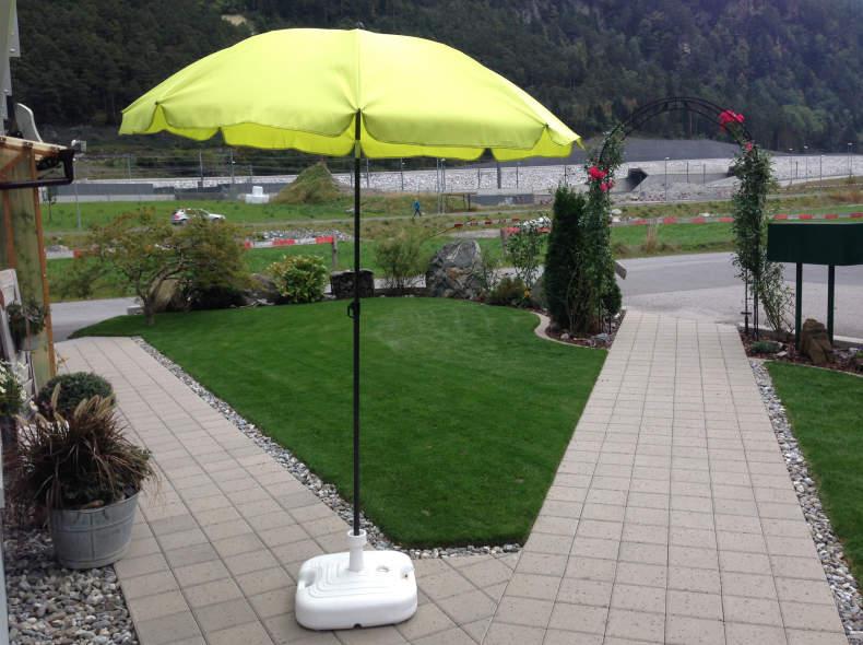 7908 Sonnenschirm mit Schirmständer