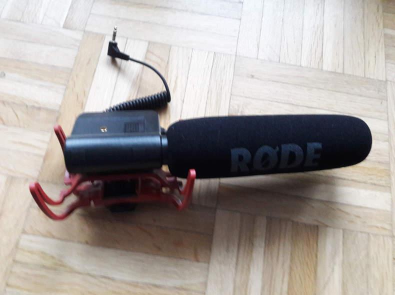 8439 Richtmikrofon für Videokameras