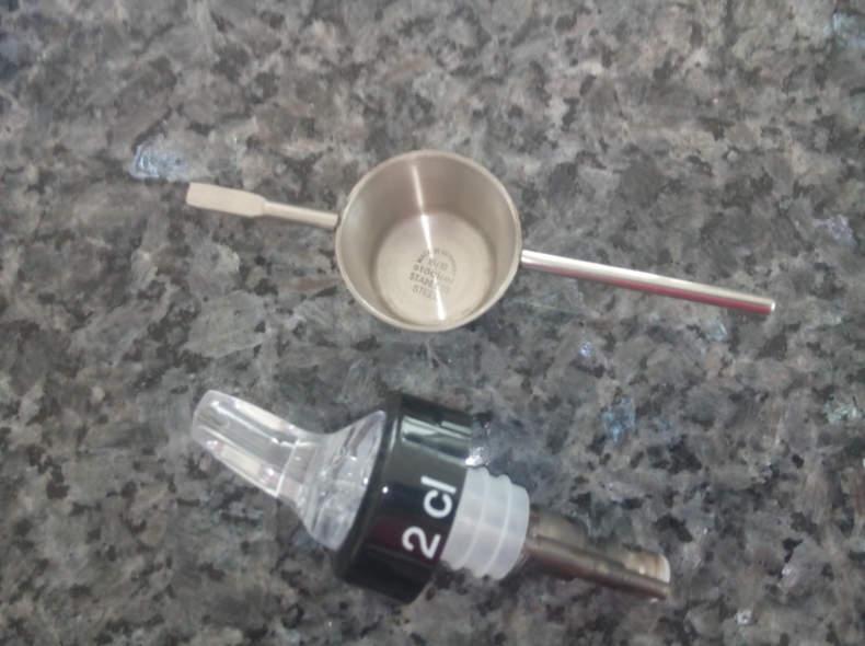5669 2 Dispenser für Spirituosen 2 cl