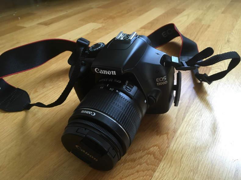 9063 Canon Fotokamera EOS 1100D