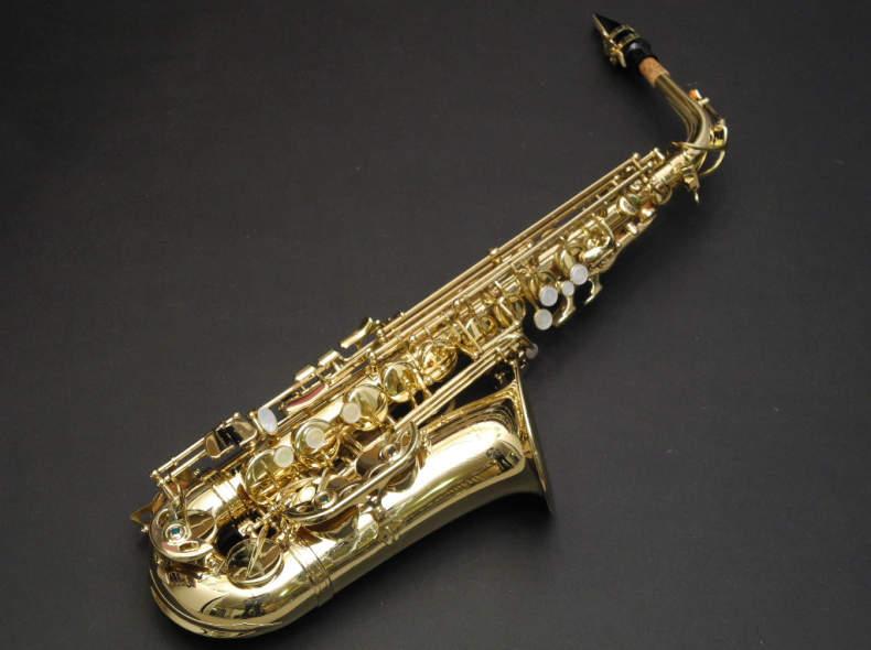 9183 Saxophon Mietinstrument