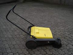 9333 Kärcher KM 700 Kehrmaschine
