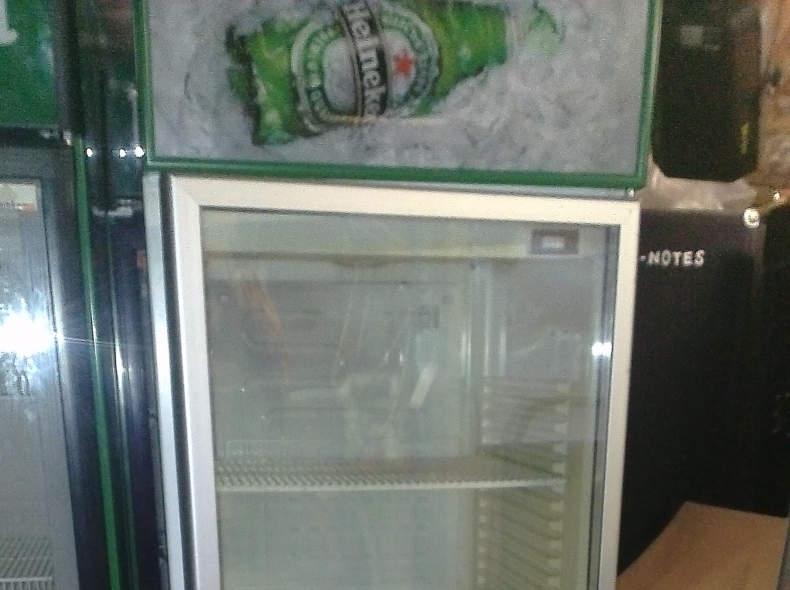 9372 Profi Getränkekühlschrank 360 Liter