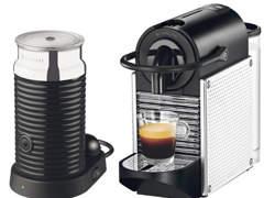 9583 Nespresso-Maschine & Milchschäumer