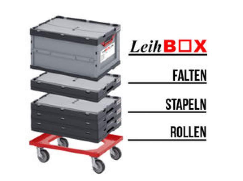 9904 Worb: 10 Umzugsboxen+1 Roller
