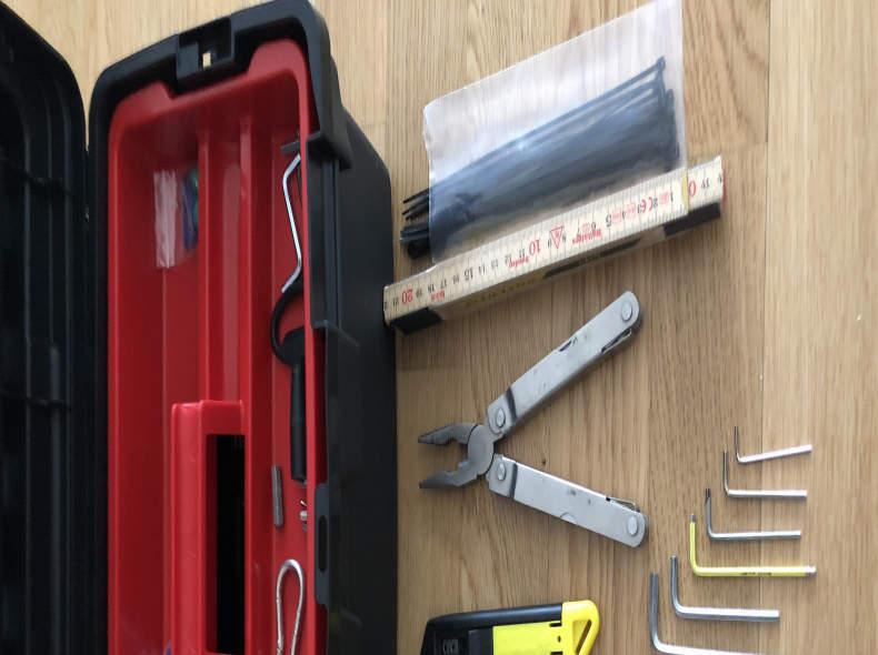 9945 Div. Werkzeuge