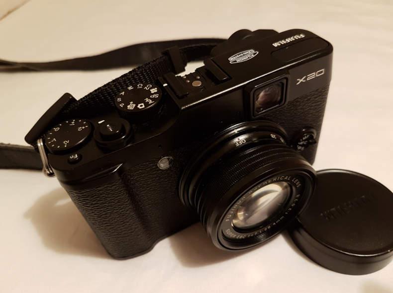 10459 Fujifilm X-20 Kompaktkamera