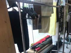 10810 Kleiderständer auf Rollen