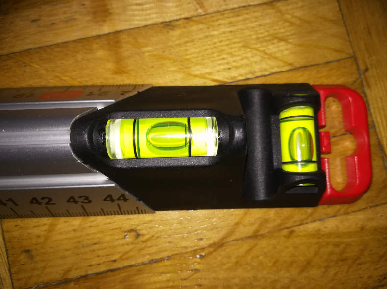 11135 Wasserwaage waagrecht und senkrecht