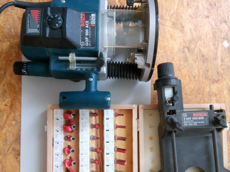 11864 Elektr. Oberfräse Bosch 220 V
