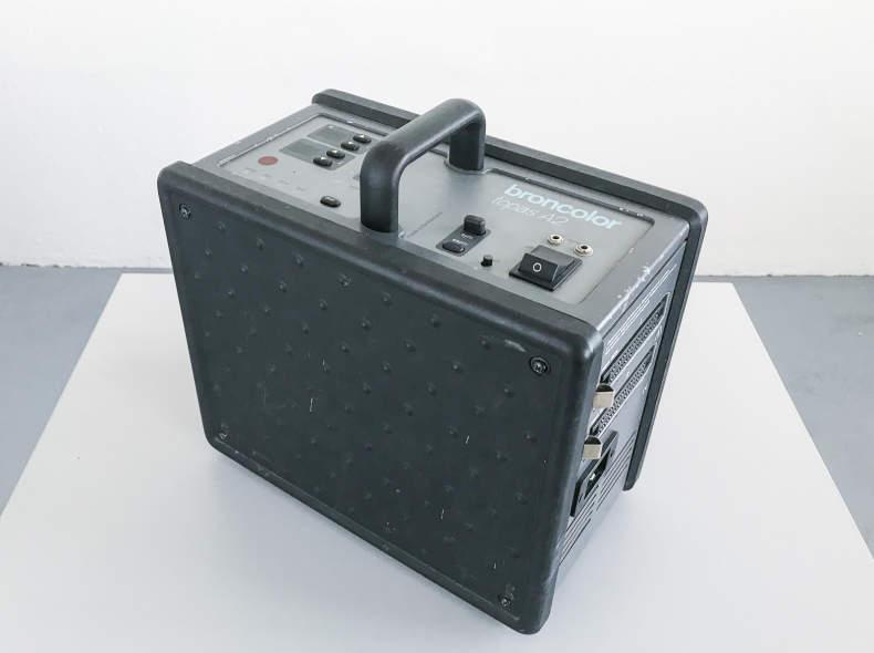 11974 Broncolor Topas A2 Generator