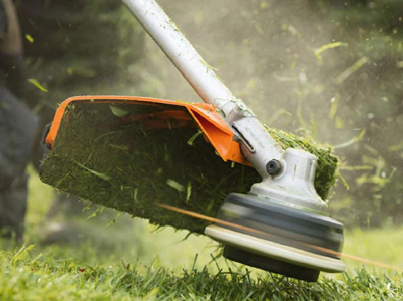 12303 Stihl Akku-Motorsense FSA 130 R