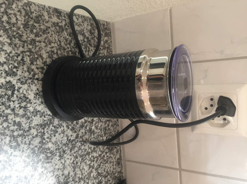 12647 Milchschäumer (nespresso)