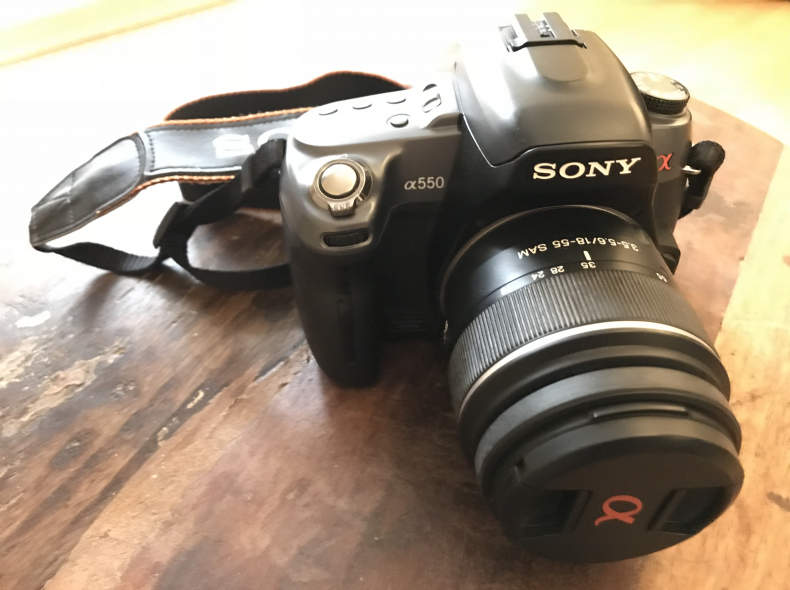 13128 Spiegelreflexkamera Sony Alpha 550