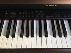 13537 E-Piano SX-PX207