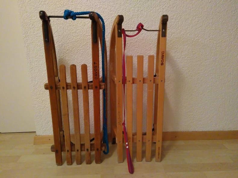 13569 Davoser Schlitten (1 od. 2)