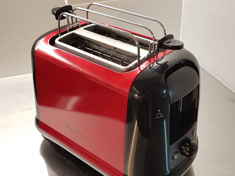 13628 Toaster