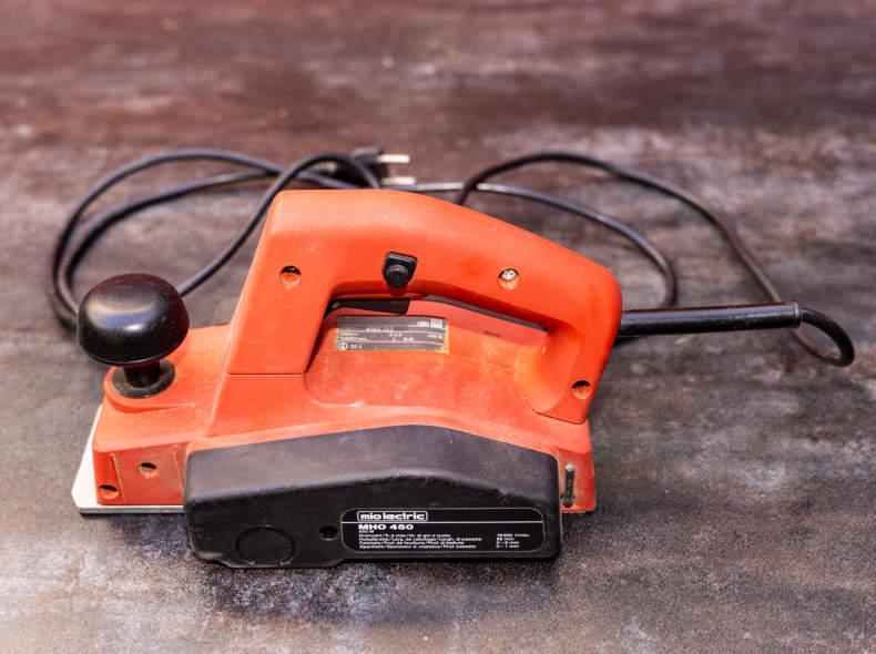14357 elektrischer Hobel