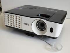 15071 Benq Beamer, FullHD, 3D, sehr hell!
