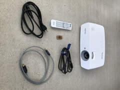 10039 Full HD Beamer