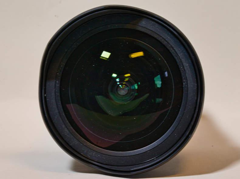 15847 Tamron SP 15-30 mm f/2,8 Weitwinkel