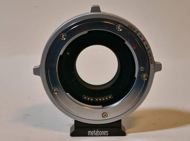 15875 Metabones Speedbooster Ultra MFT-EF