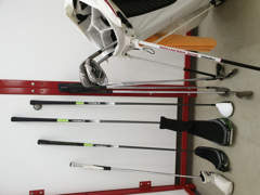 16800 Golf-Set mit Caddy für Rechtshänder