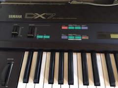 16805 Yamaha DX 7 Synthesizer