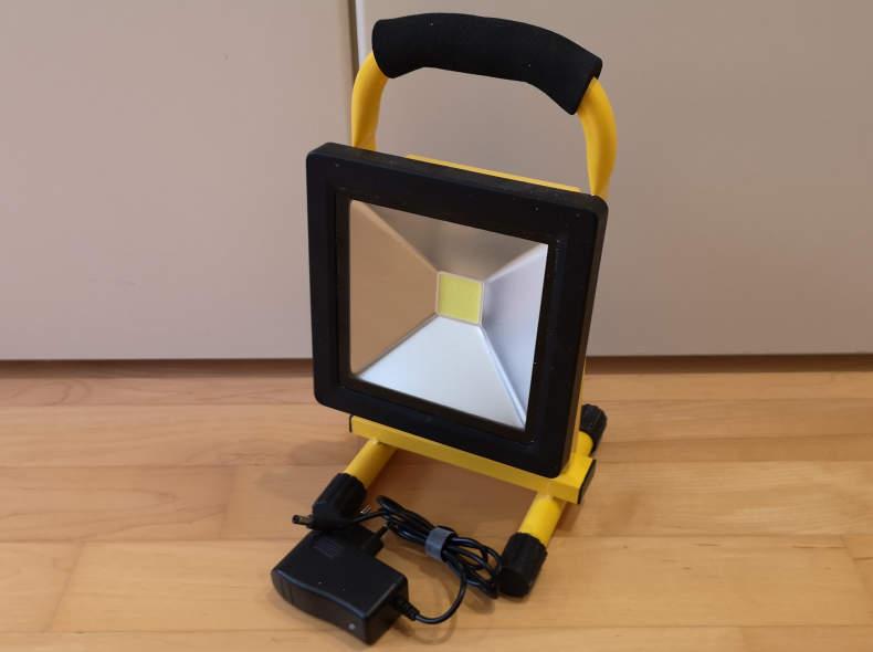 17260 Akkuscheinwerfer LED - Baustrahler