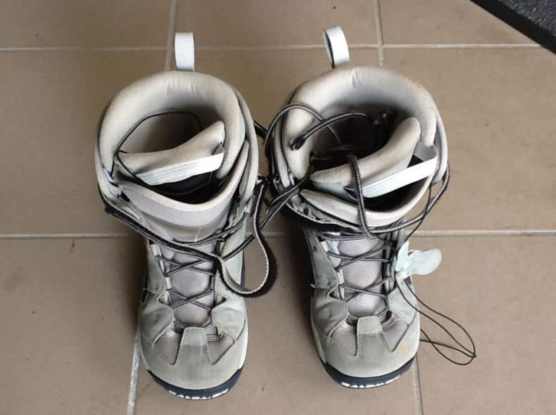 17533 Snowboardschuh Damen 40