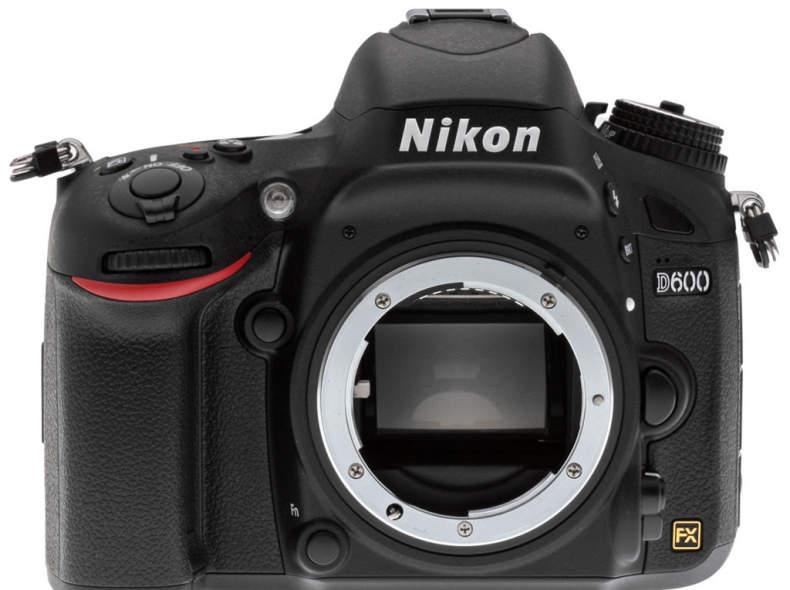 17617 Nikon D600