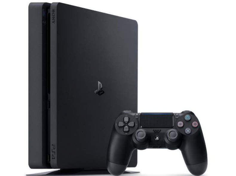 18693 Playstation 4 slim