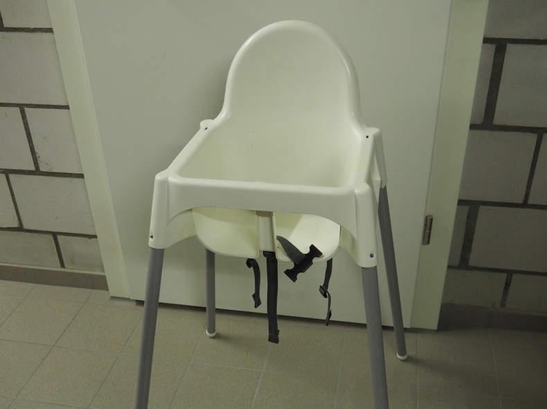 20234 Kinderhochstuhl IKEA